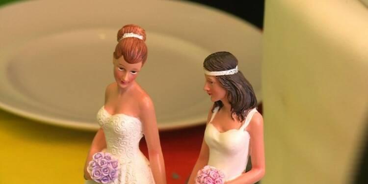 Allemagne: les députés adoptent le mariage gay, mais sans Merkel