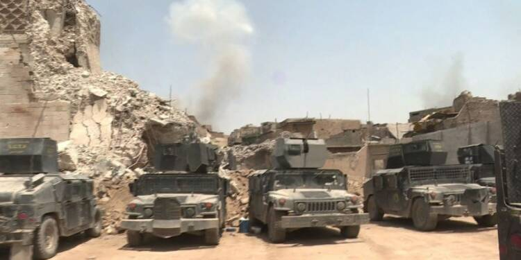 Les forces irakiennes combattent les jihadistes dans Mossoul