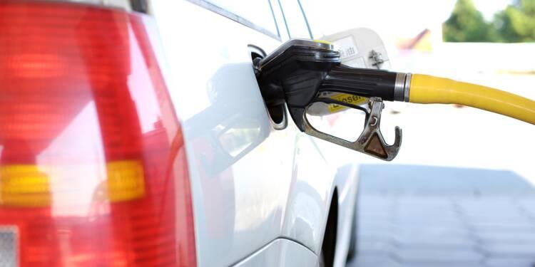 Faut-il encore augmenter les taxes sur l'essence ?