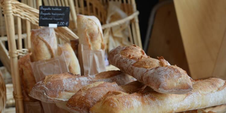 Contre le pain du supermarché le dimanche, les boulangers attaquent l'Etat