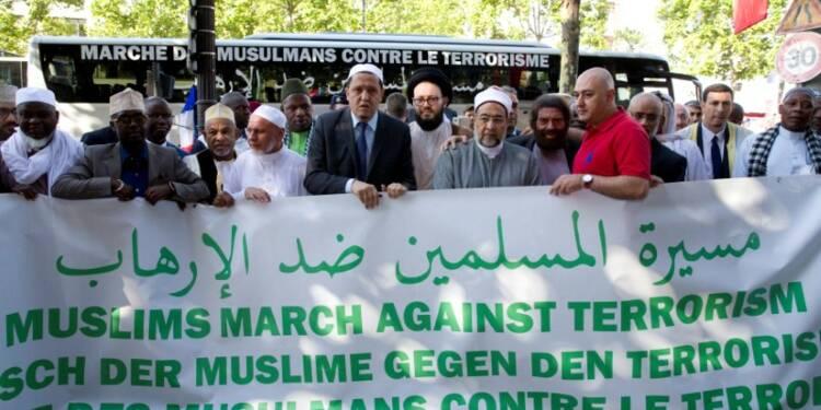 En France, coup d'envoi d'une tournée d'imams contre le terrorisme