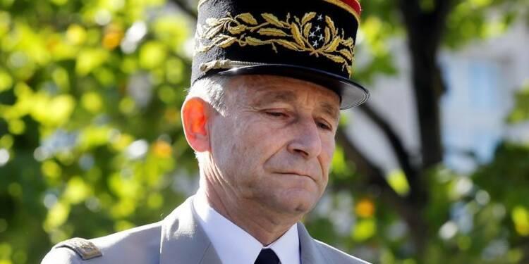 """Le """"rappel à l'ordre"""" de De Villiers n'est pas une défiance, dit Castaner"""