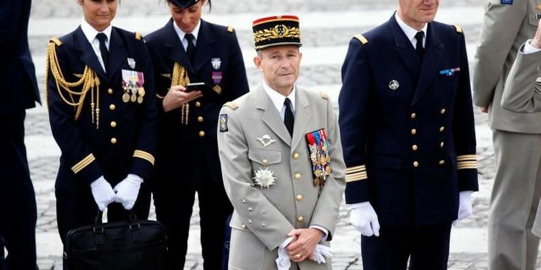 De Villiers, le défenseur des militaires dépose les armes