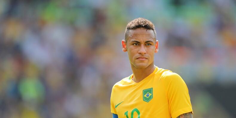 Le PSG doit-il investir 220 millions d'euros sur Neymar ?