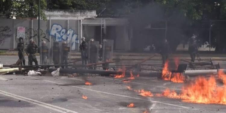Grève générale au Venezuela, deux manifestants tués