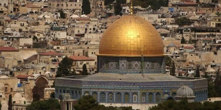 Jérusalem: prière sous haute tension après des restrictions