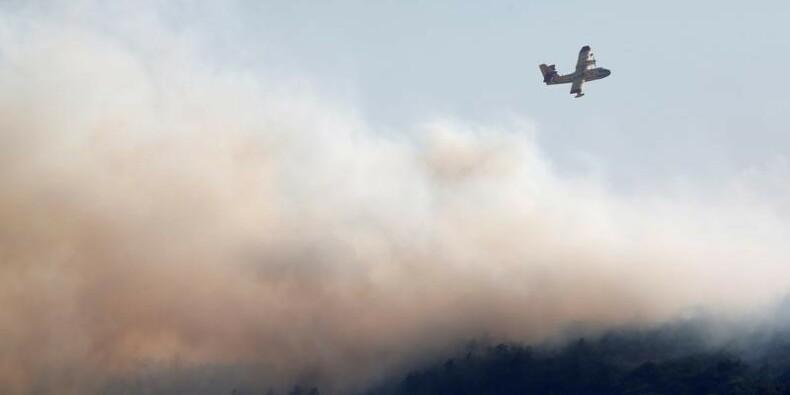 France-Nouveaux départs de feu dans le Sud-Est