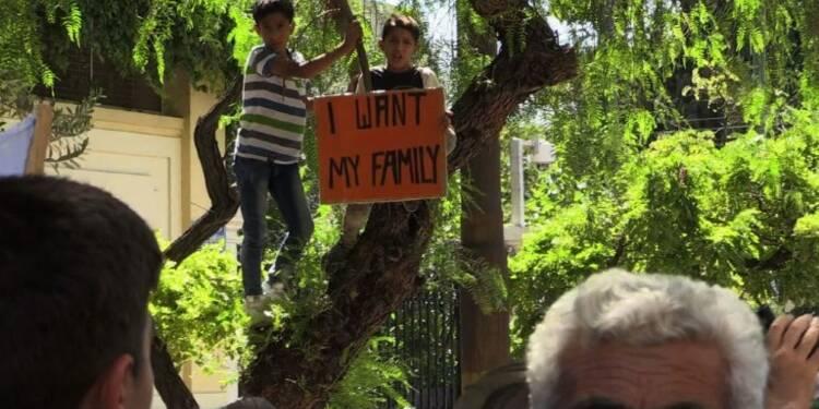 Grèce: manifestation de réfugiés syriens