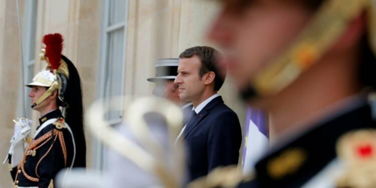 Macron appelle ses ministres à voir à long terme