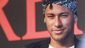 Quand Macron et Darmanin se frottent les mains en prévision de l'arrivée de Neymar