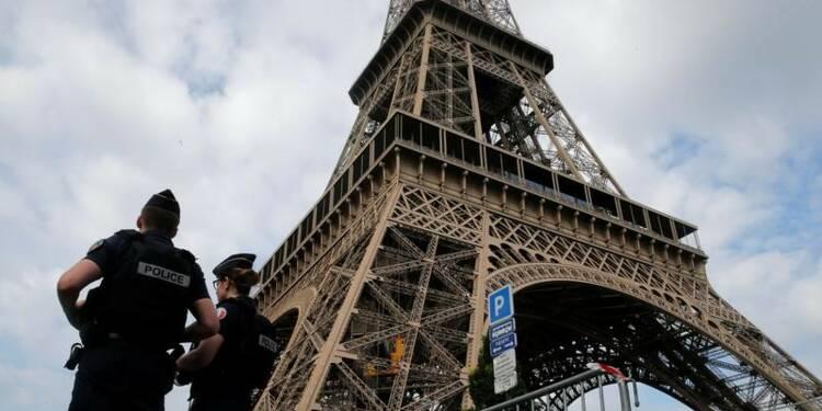 Parquet anti-terroriste saisi après un incident à la tour Eiffel