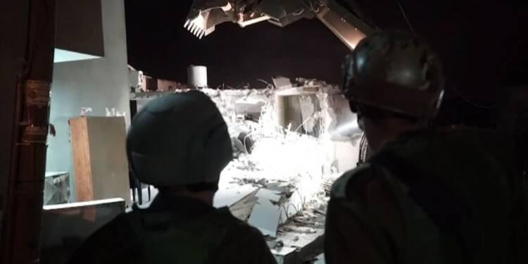 L'armée israélienne détruit trois maisons d'assaillants