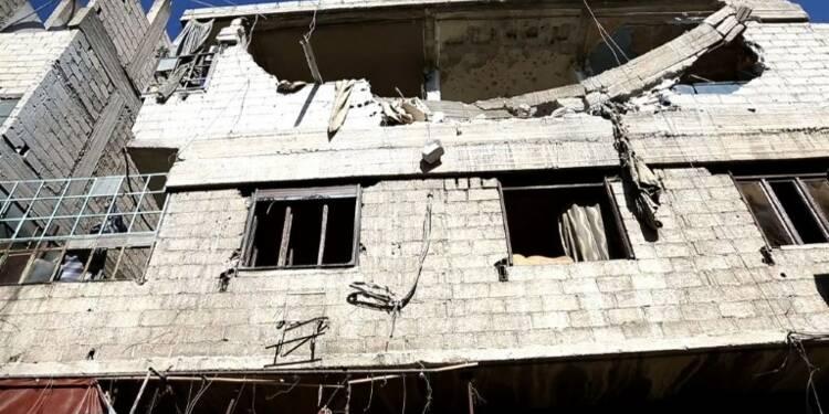 Deux zones sécurisées en Syrie bombardées par le régime, 4 morts