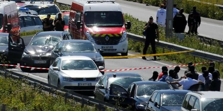 Le suspect de l'attaque contre six militaires transféré à Paris