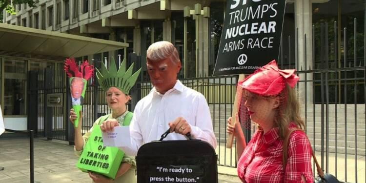 Trump prêt à frapper Pyongyang, inquiétudes internationales