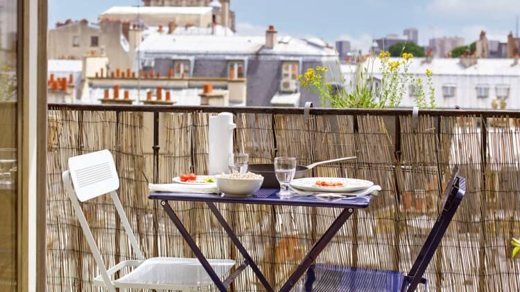 Balcon en ville : 10 idées pour l'optimiser