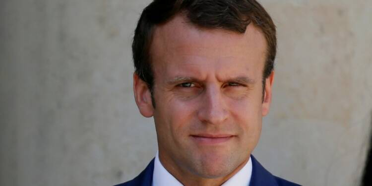 """Charlottesville: Macron """"aux côtés de ceux qui combattent le racisme"""""""