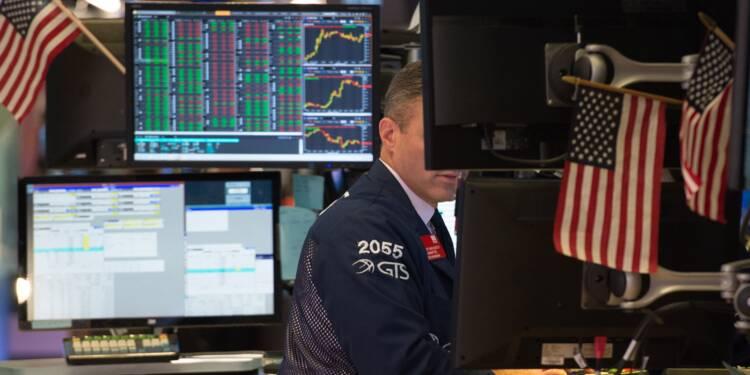 Wall Street termine en baisse, prudente avant Jackson Hole