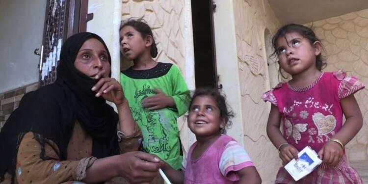 Syrie: vivre à Raqa près des combats plutôt que dans un camp