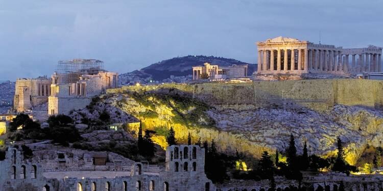 La dette grecque allégée dès 2018, selon Fitch, qui relève la note