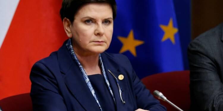 """La Première ministre polonaise dénonce """"l'arrogance"""" de Macron"""