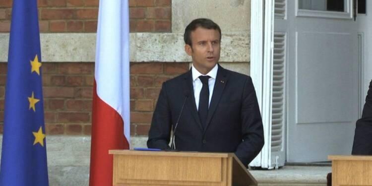 Macron accuse la Pologne de se mettre
