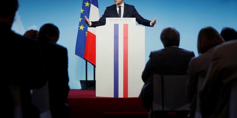 Macron a raison de réformer mais fait de mauvais choix, selon un sondage