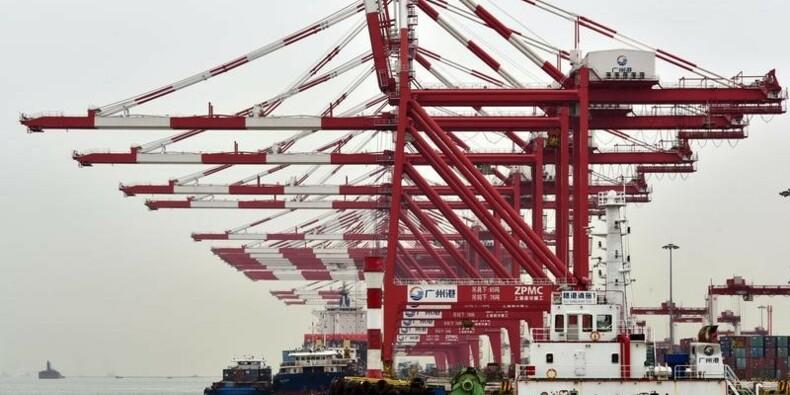 Chine: Importations en hausse, tassement de l'export