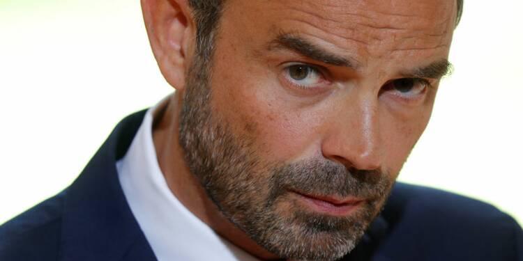 """Edouard Philippe annonce un """"vaste plan"""" en faveur des entreprises"""
