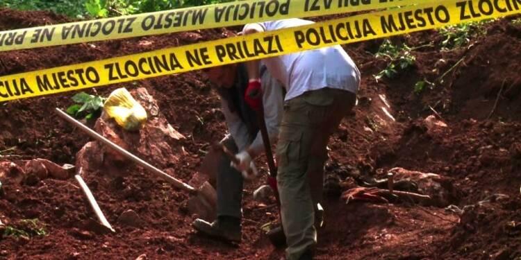 Guerre de Bosnie: deux charniers découverts