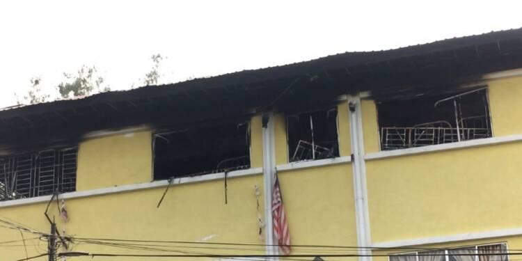 Malaisie: 24 morts dans un incendie dans une école