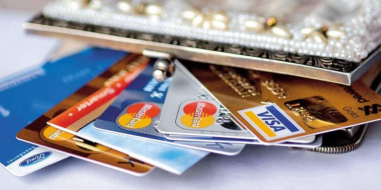 Banques  : le comparatif des offres sans condition de revenus