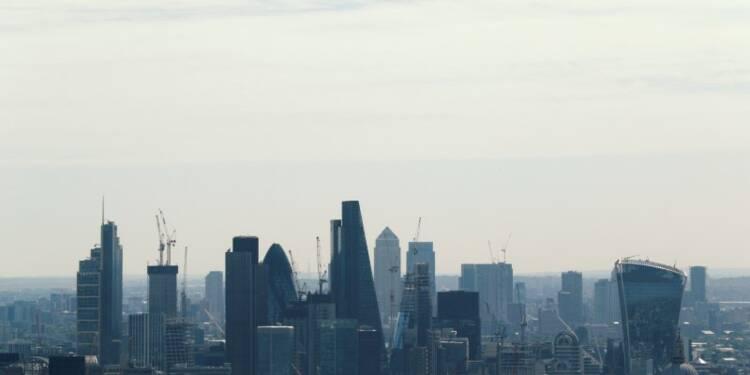 Brexit: L'UE veut un contrôle renforcé des groupes financiers