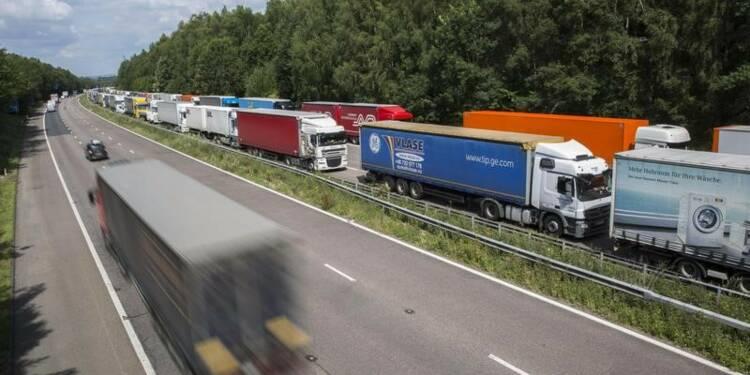"""Les routiers promettent une """"manifestation massive"""""""