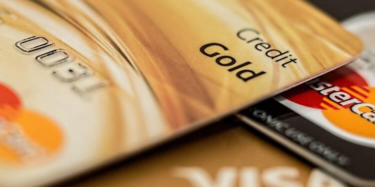Pourquoi les banques bradent leurs cartes à débit différé   Capital.fr