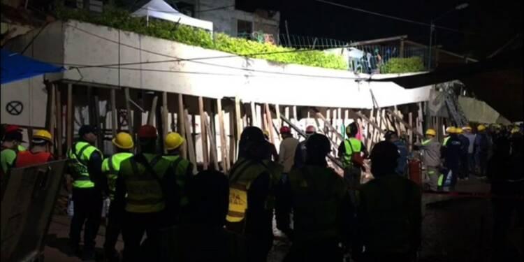 Mexique: course contre la montre dans l'école effondrée
