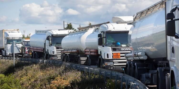 Faut-il empêcher les routiers de bloquer la France?