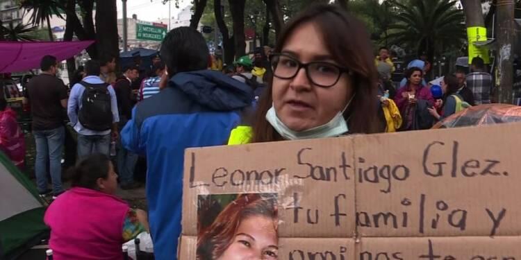 Séisme au Mexique: la terrible attente des familles