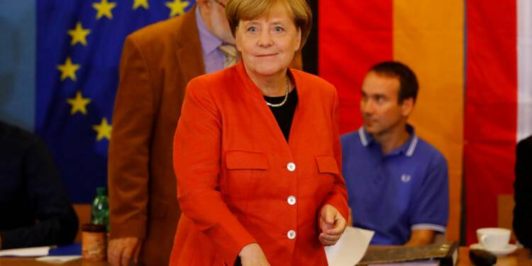 Elections allemandes : Merkel l'emporte mais l'extrême droite entre au Bundestag