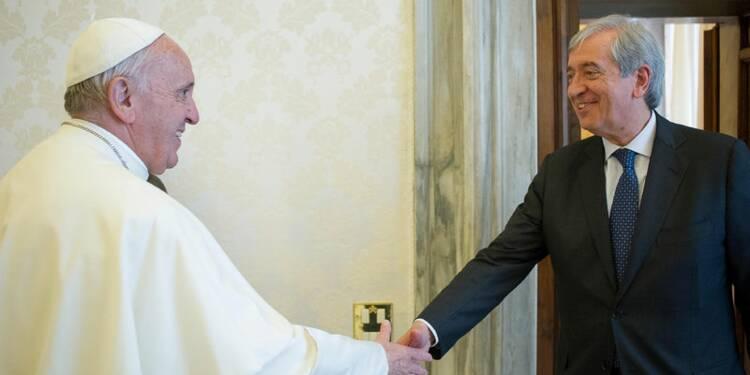 L'ex-contrôleur des Finances du Vatican dénonce un complot