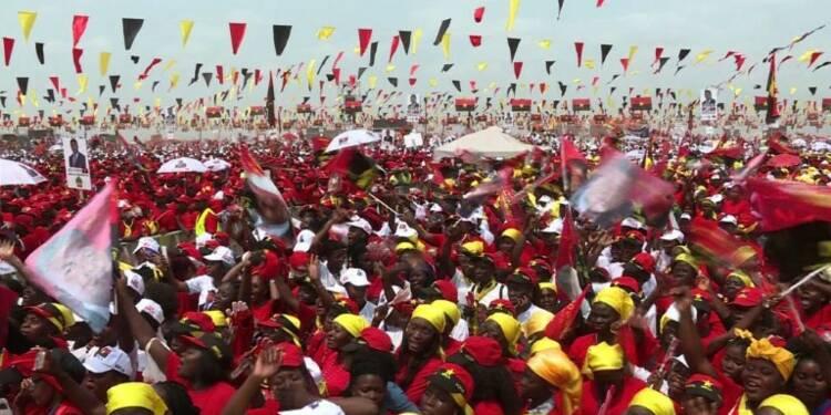 Angola: un nouveau président aux allures de déjà-vu