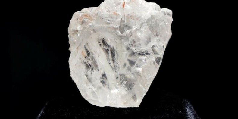 Le plus gros diamant brut du monde vendu 53 millions de dollars