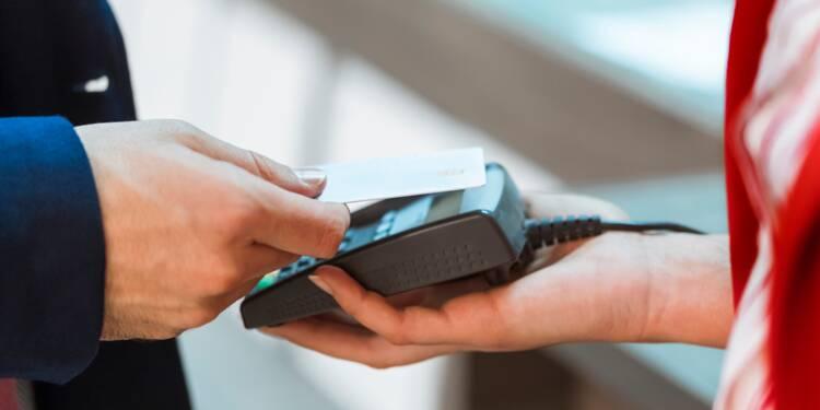 Pour payer sans contact jusqu'à 30 euros, il faudra changer de carte bancaire