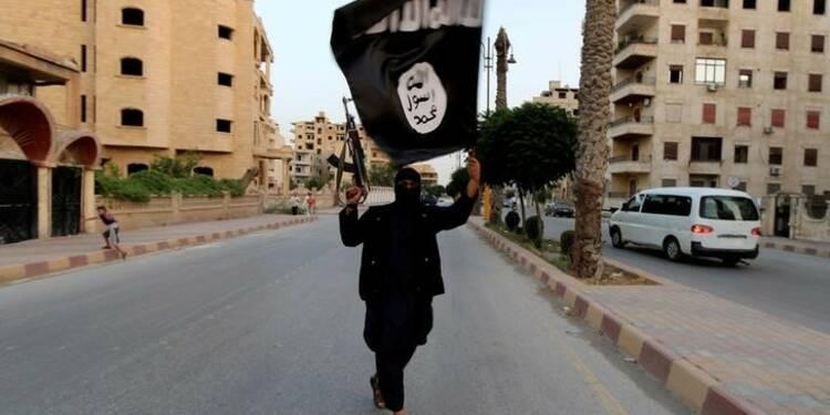 Quelque 700 adultes français et 500 mineurs en Irak et Syrie