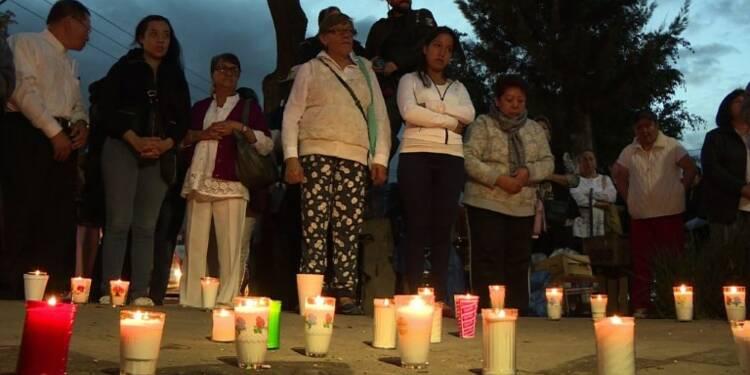 Mexico: hommage aux victimes de l'effondrement de l'école