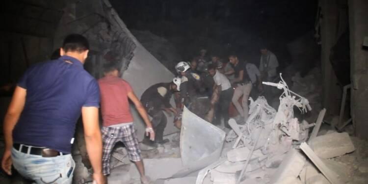 Syrie: 28 civils tués dans des raids sur une localité d'Idleb