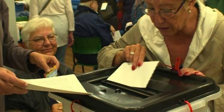 Référendum: tensions entre indépendantistes et pouvoir espagnol