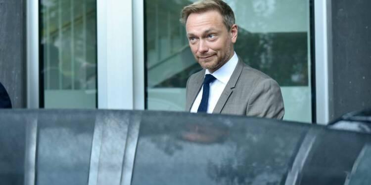 Le chef des libéraux allemands tresse les louanges de Macron