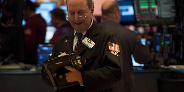 Wall Street touche à nouveau des sommets