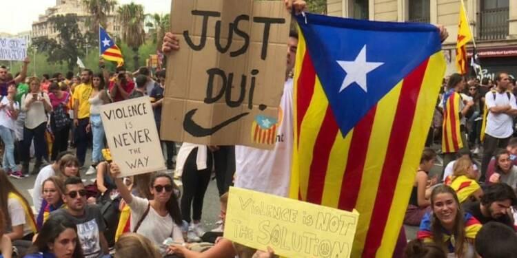 Barcelone: manifestations contre la violence policière